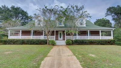 Navarre Single Family Home For Sale: 6956 Santa Clara Dr.