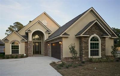 Gulf Breeze Single Family Home For Sale: 5570 East Bay Boulevard #TBB