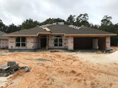 Navarre FL Single Family Home For Sale: $260,602