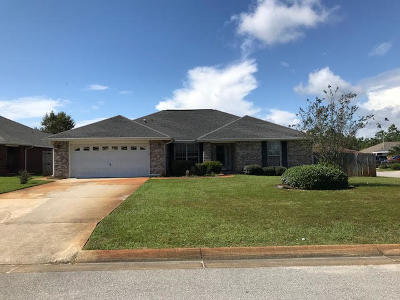 Navarre FL Single Family Home For Sale: $279,990