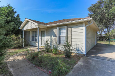 Gulf Breeze Single Family Home For Sale: 1439 Central Parkway