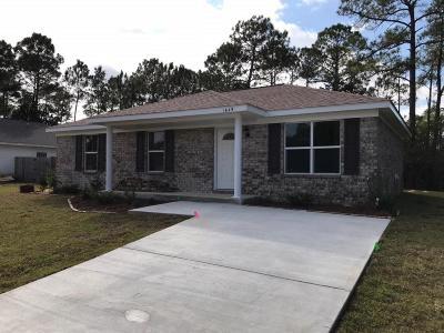 Gulf Breeze Single Family Home For Sale: 1649 Amarillo Trail