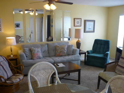 Navarre Condo/Townhouse For Sale: 7464 Sunset Harbor Drive #APT 113