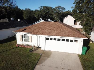 Fort Walton Beach Single Family Home For Sale: 932 John Wayne Circle