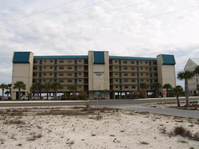 Navarre Condo/Townhouse For Sale: 8245 Gulf Boulevard #APT 101