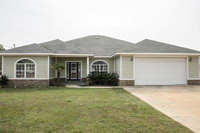 Gulf Breeze Single Family Home For Sale: 1667 Ponderosa
