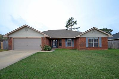 Gulf Breeze Single Family Home For Sale: 1720 Bay Pine Circle