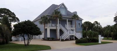 Gulf Breeze Single Family Home For Sale: 924 Gondolier Boulevard