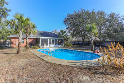 Navarre Single Family Home For Sale: 6539 Federal Street
