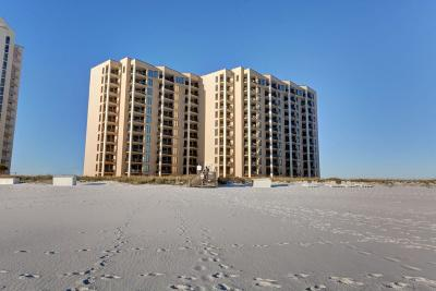 Navarre Condo/Townhouse For Sale: 8271 Gulf Boulevard #102