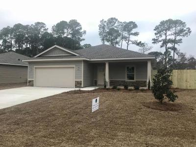 Navarre FL Single Family Home For Sale: $224,500