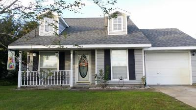 Navarre FL Single Family Home For Sale: $145,000