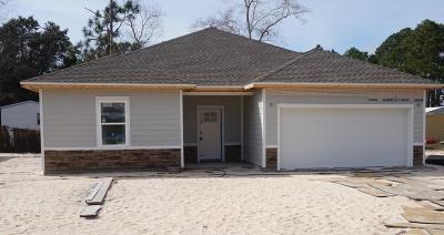 Navarre FL Single Family Home For Sale: $209,000