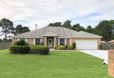Navarre Single Family Home For Sale: 2663 Hidden Creek Drive