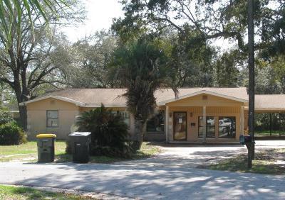 Single Family Home For Sale: 6 NE Bay Court