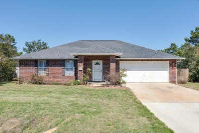 Gulf Breeze Single Family Home For Sale: 1311 Little Duck Circle