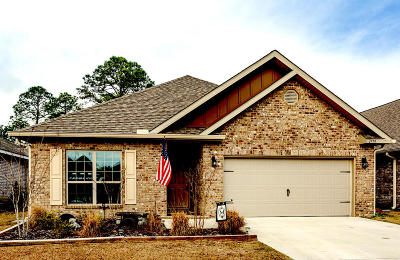 Gulf Breeze Single Family Home For Sale: 1779 Brantley Drive
