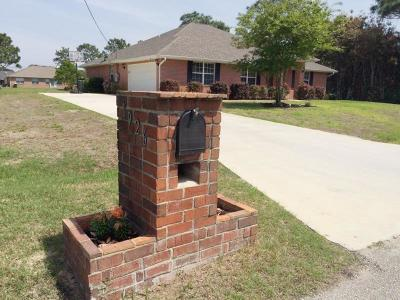 Navarre Single Family Home For Sale: 1926 Cardinal Lane