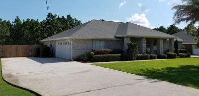 Navarre Single Family Home For Sale: 7504 Frankfort Street