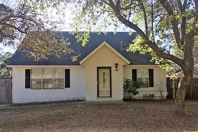 Navarre FL Single Family Home For Sale: $175,000