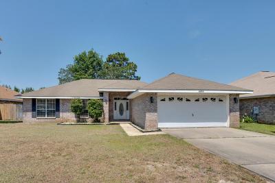 Navarre FL Single Family Home For Sale: $220,000