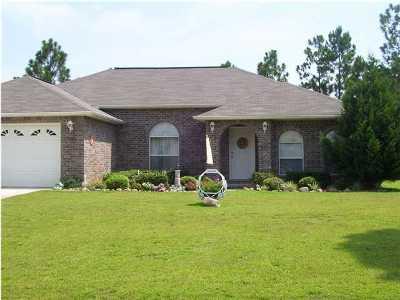 Navarre FL Single Family Home For Sale: $194,900