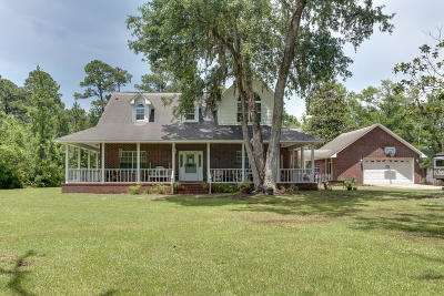 Navarre Single Family Home For Sale: 6902 Santa Clara Drive
