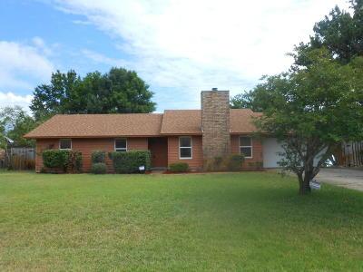 Gulf Breeze Single Family Home For Sale: 3884 Sailwind Drive