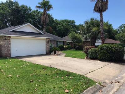 Navarre Single Family Home For Sale: 1993 Jessica Way