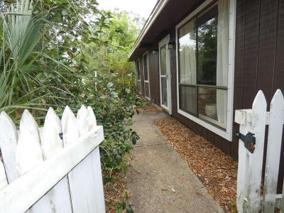 Gulf Breeze Single Family Home For Sale: 3208 Notre Dame Drive
