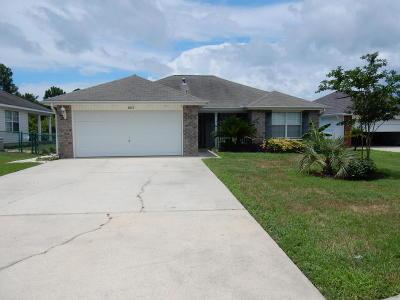 Gulf Breeze Single Family Home For Sale: 2013 Shadow Lake Drive