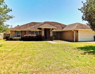Navarre FL Single Family Home For Sale: $259,000