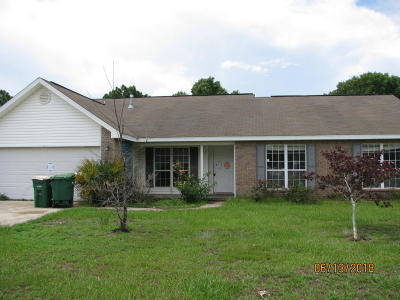 Navarre FL Single Family Home For Sale: $208,000