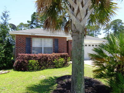 Navarre FL Single Family Home For Sale: $219,000