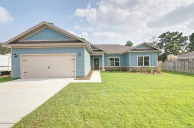 Navarre FL Single Family Home For Sale: $250,000
