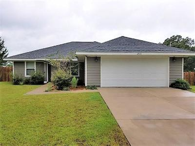 Navarre FL Single Family Home For Sale: $220,000