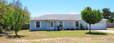 Navarre Single Family Home For Sale: 8639 Estrada Street