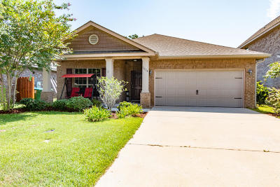 Gulf Breeze Single Family Home For Sale: 1834 Coast Ct Court