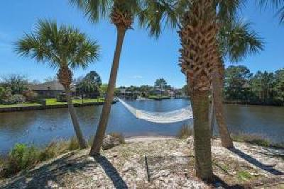 Gulf Breeze Single Family Home For Sale: 3181 Quiet Water Lane