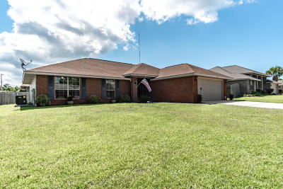 Gulf Breeze Single Family Home For Sale: 1777 Bay Pine Circle
