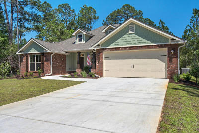 Navarre FL Single Family Home For Sale: $297,608