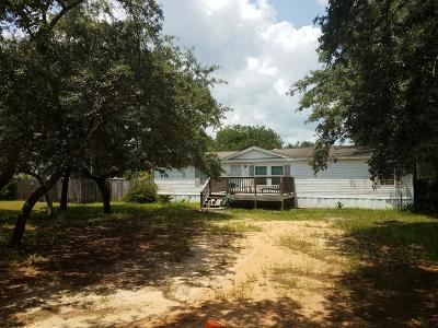 Navarre FL Single Family Home For Sale: $99,000