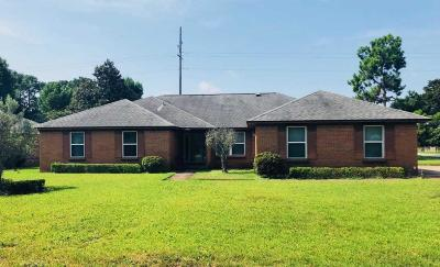 Gulf Breeze Single Family Home For Sale: 3869 Bay Wind Drive