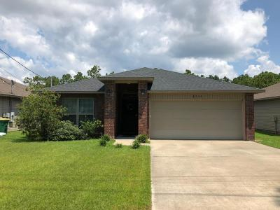 Navarre FL Single Family Home For Sale: $235,900