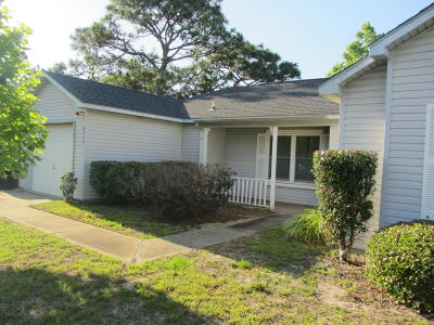 Navarre FL Single Family Home For Sale: $170,000
