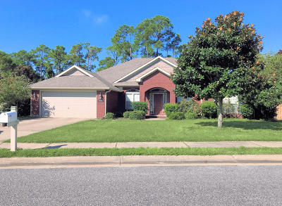 Gulf Breeze FL Single Family Home For Sale: $325,000