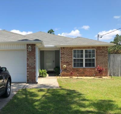 Navarre Single Family Home For Sale: 8962 Timber Lane