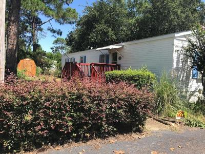 Navarre FL Single Family Home For Sale: $61,995