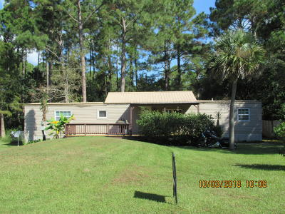 Navarre FL Single Family Home For Sale: $76,900