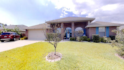 Gulf Breeze Single Family Home For Sale: 1760 Bay Pine Circle